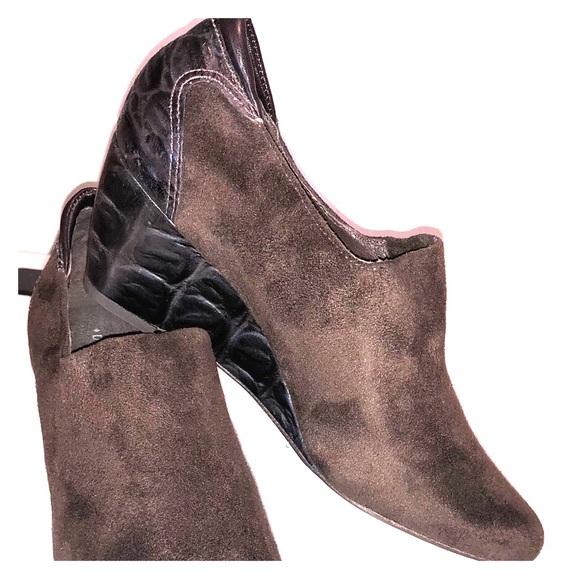 Donald J. Pliner Shoes - Donald J. Pliner Ferny Demi Wedge
